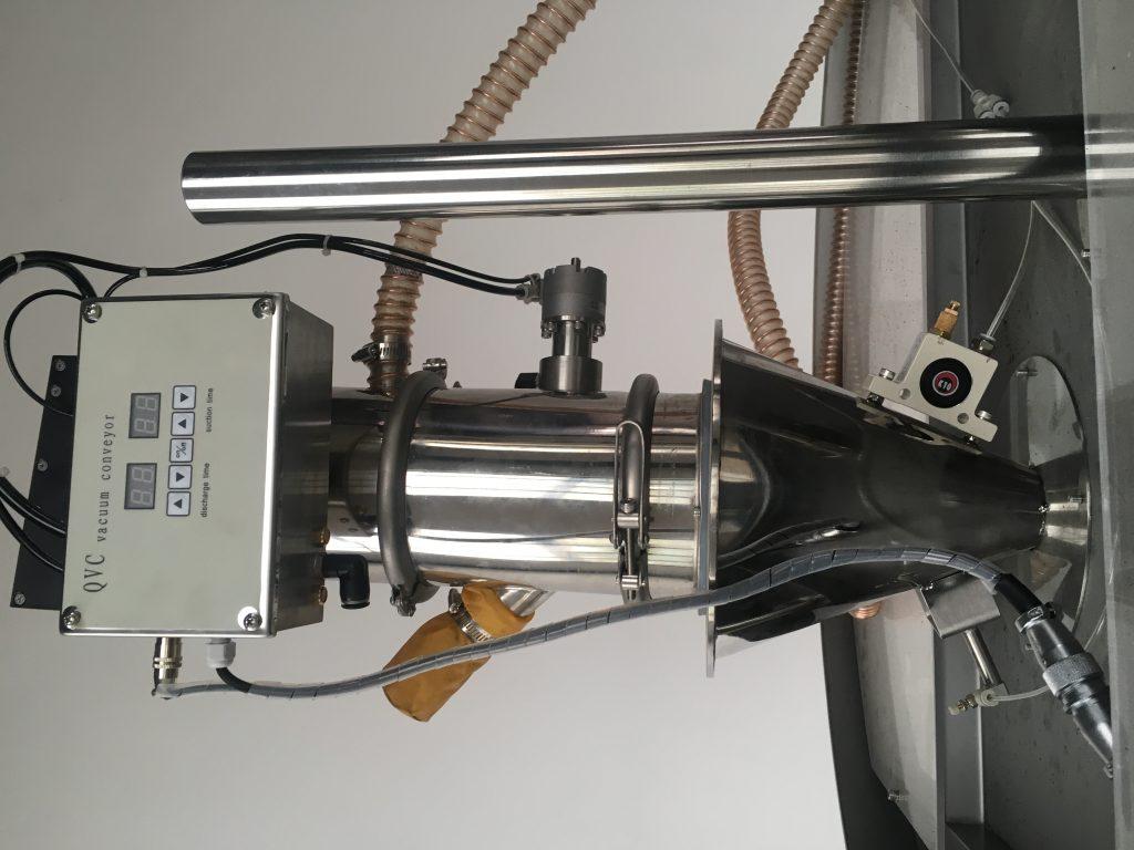 rotary machine vacuum feeder